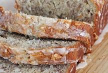 Bread / by Jessica Mroz