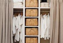 Kleiderschrank offen