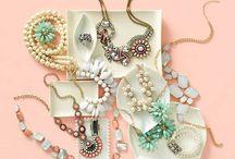 Diamonds are a girls best friend.. / by Millie Allen