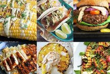 Vegan Party Food / All the delicious dips, platters, meals and sweets that will make you the hostest with the mostest. Or the guest-est with the bestest?
