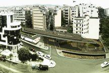 wa||< / http://constructingotherness.blogspot.gr/2013/07/2013.html  Αρχιτεκτονικός διαγωνισμός τοποσήμων (συμμετοχή), Θεσσαλονίκη 2013 Ομάδα Μελετητών  Αρχιτεκτονική μελέτη: Μόρας Αντώνιος (Αρχιτέκτονας Μηχ. ΑΠΘ, MArch ΕΜΠ),Καρκατσέλας Νίκος (Αρχιτέκτονας Μηχ. ΑΠΘ, MArch ΕΜΠ),, Παπαμαργαρίτη Εύα (Αρχιτέκτονας Μηχανικός Π.Θ.)  Συμμετείχε και η Ζαφειρία Γκόλαντα (Γραφίστρια)  Έτος: 2013  Θέατρο γεγονότων, ο περίπατος των τειχών.  (συμμετοχή στο διαγωνισμό τοποσήμων, Θεσσαλονίκη 2013)
