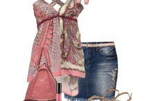 My Style - Outfit / Outfit es una palabra del inglés que significa vestimenta, ropa o conjunto. En el mundo de la moda, la palabra se ha adoptado para referirse al conjunto de ropa y complementos (prendas, accesorios, etc.) concebido especialmente para determinadas ocasiones sociales.