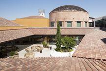 Proyecto - Espacio Torrelodones / Espacio Aretha colaboró con el estudio de  arquitectura Artelia en la zonas de cafetería  y descanso del Espacio Torrelodones con productos de Crassevig y Quinze & Milan.