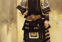sarakatsanoi traditional costumes