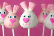 Cake Pops / by Sherry Hassett