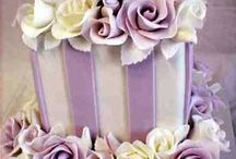 the most amazing cakes I've ever seen / by Lois Brooks Studer