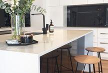 Kitchen / Black taps