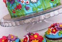 Cakes / by Tammy Goessl
