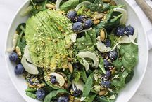 Supersalads / Beauty, detox, superfood salad recipes. We're on it.  Healthy salads with a mix of antioxidant-rich ingredients to help you be your healthiest you. Pinned by Loveleaf Co.