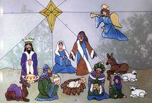 Betlehemek és figurái Tiffany üvegből