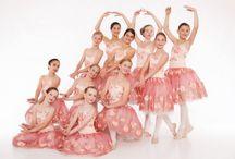 Dance groups / Dance