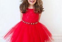 Vestidos de moda / Encuentra toda una amplia variedad de modelos de vestidos para toda ocasión para las pequeñas.
