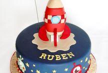 BIRTHDAY THEME: Spaceship / Inspiration board for spaceship birthday theme