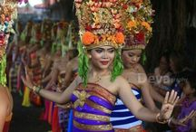 World Intangible Heritage Bali Dance / 9 traditional dances from Bali are renowned as World Intangible Heritage by UNESCO on 2 Dec 2015 at UNESCO's Conference, Windhoek, Namibia. Those dances are Barong Ket, Joged, Legong Keraton, Wayang Wong, Gambuh, Topeng Sidakarya, Baris, Sanghyang and Rejang.