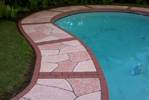 """Flagstone / The flagstone pattern is versatile and lends itself to many color combinations. It is a good choice for cracked or rough concrete. Blemishes can be hidden in the """"grout lines"""" leaving you with an amazing finished surface."""
