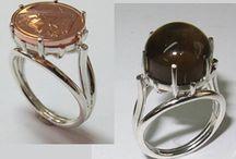 anel con moeda
