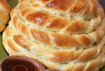 Breads, Biscuits, and Muffins / Breads, rolls, biscuits, scones, muffins--yeasted and quick breads!