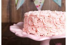 Cake Decorating / by Deanna Terveen