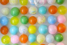 Rainbow Birthday Party / Birthday party ideas for a rainbow theme.