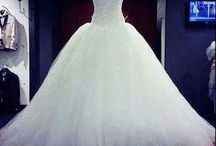 ○ Dresses ○