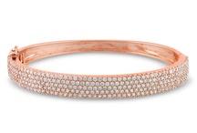Elegant Jewelry / by Joan Cones