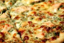 pizza / by Shari Skälland