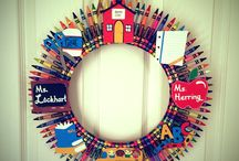 wreaths and other various door pretties / by Jody Lukacs Pyne