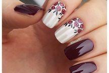 Nails crew
