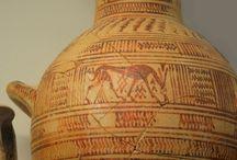 vases with white likintho