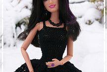 šití a pletení na Barbie