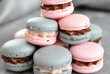Macarons & Cake Pops & Cup Cake