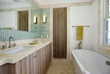Bathrooms... / by Leanna Leach