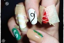 UÑITAS / Otra pasión : uñas decoradas  / by Mara2santos