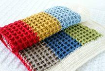 Lorraine waffle stitch blanket