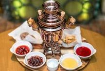 Jam and Tea pairing / Russian way of drinking tea with jam: put a small spoonful of jam in our mouths and then sip the tea through the jam. The hot tea melts the fruit preserves and transforms the flavor giving to our taste buds an unforgettable taste experience. And of course, if there is any fruits pieces in the jam, you will have it to chew with each sip.