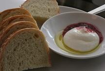 Om nom nom / Things to make, eat, drink, and enjoy / by Jennifer Rothschild