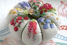 My Pincushion Obsession / Beautiful pincushions
