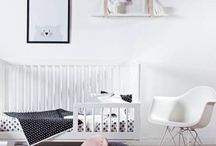Nursery Decor / Baby room ideas | Nursery decor for a boy or a girl | Neutral and unisex nursery ideas | Vintage nursery theme | Modern nursery decor | Rustic nursery ideas | Grey nursery decor | Woodland nursery products |