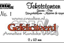 Crealies Tekststansen / Tekststansen: https://www.crealies.nl/n1/28889/Stans-Tekststansen.htm