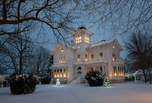 Victorian Homes / I have always had a passion for Victoriana. Especially Dress and architecture. I Love Victorian homes!