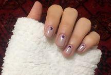 E nails