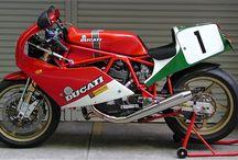 Garage_Bikes
