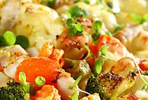 Recipes: Casseroles / by Erin Branscom