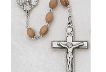 Confirmation Rosaries / Some of the finest Confirmation rosaries featured on our store! These rosaries are made from gold over sterling silver, sterling silver, or pewter and feature different colored glass and pearl beads. Confirmation rosaries make a terrific gift to a boy or girl celebrating the Sacrament of Confirmation.