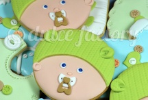 Baby Shower Cookies & Ideas / by Peggy Jones Para