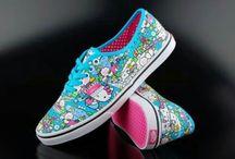 Hello Kitty / I want....