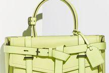Handbags & Totes... <3 / by Valeria Wriedt