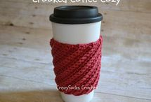Coffee cozies- Free patterns :) / by Kristine Swiontek