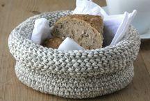 hæklet brødkurv