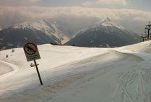 Obertilliach♥ / Man beachte das Schild. Mit der Snowboardgruppe auf der Klasenfahrt,der Snwbrd Lehrer meinte,das passt ganz gut;)